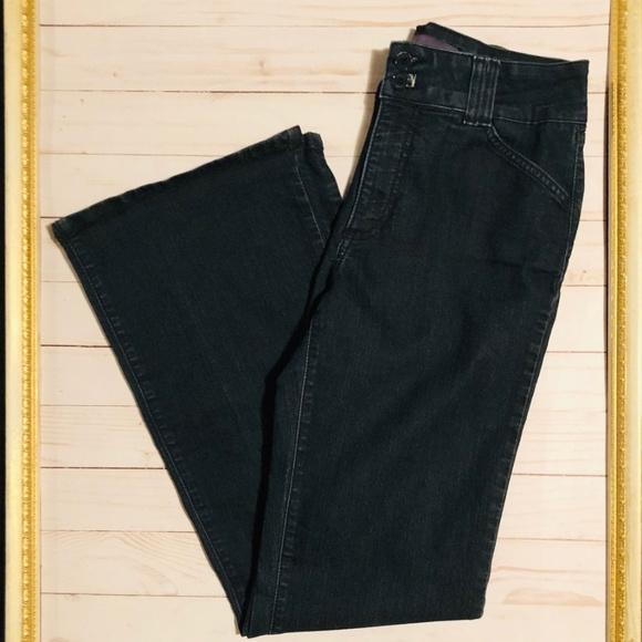 NYDJ Denim - NYDJ Size 6 Black Flair Jeans